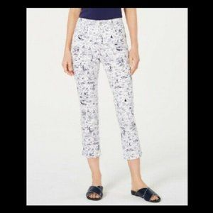 Charter Club Womens Bristol Capri Jeans, Size 6